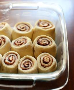 7-Ingredient-Cinnamon-Rolls