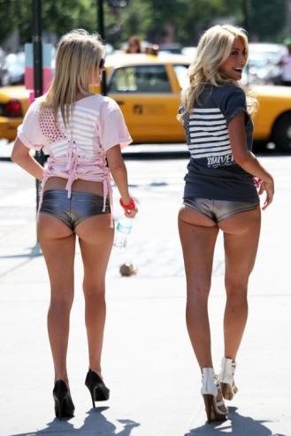 sexy-funny-too-short-shorts-003